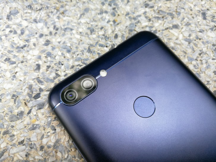Zenfone Max Plus สมาร์ทโฟนระดับมิดเรนจ์ กล้องหลังเลนส์คู่ จอ Full View รุ่นแรกของ ASUS