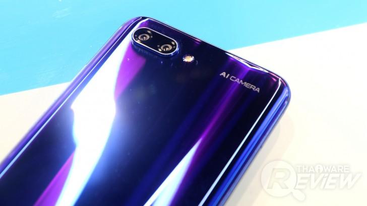 Honor 10 ศักดิ์ศรีแห่งสมาร์ทโฟนระดับท็อป ในราคาเพียง 13,990 บาท