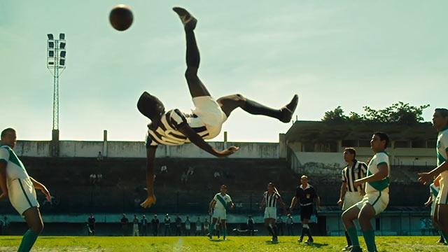 10 หนังฟุตบอล ต้อนรับบอลโลก