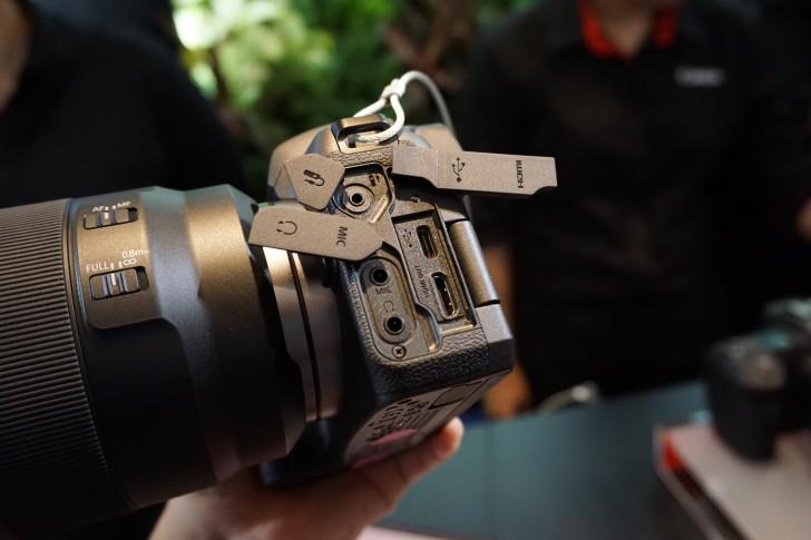 Canon EOS R กล้องฟูลเฟรมมิลเลอร์เลส ที่ยังคงสัมผัสเหมือนกล้อง DSLR